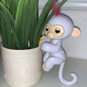 Monkey fingerling